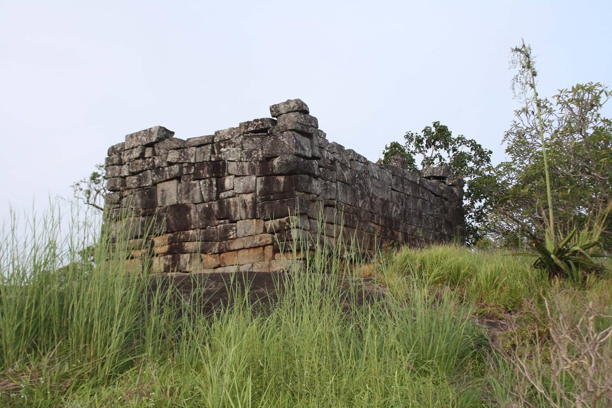 ancient-hiru-dewol (2)